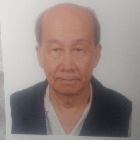 Wong Hok-kwan, aged 85, is about 1.68 metres tall, 54 kilograms in weight and of medium build. He has a round face with yellow complexion and short white hair. He was last seen wearing a blue short-sleeved shirt, dark trousers and black shoes.