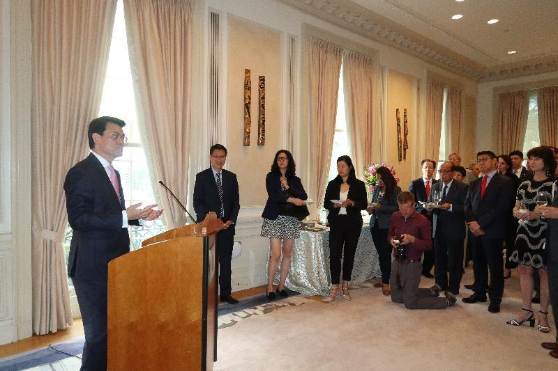 商務及經濟發展局局長邱騰華今日(美國東岸時間六月十一日)在美國華盛頓出席香港駐華盛頓經濟貿易辦事處舉辦的酒會並發言。