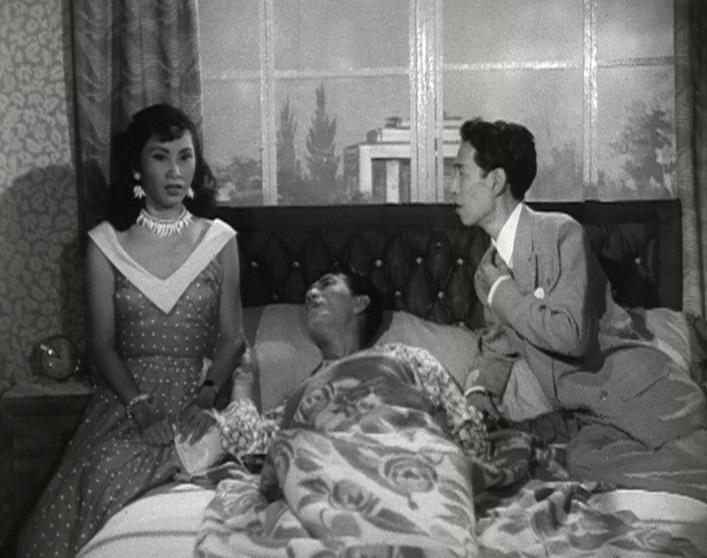 康樂及文化事務署香港電影資料館的「滄海遺珠」節目,以「義蓋雲峰」為題,介紹活躍於五、六十年代,身兼製片及編劇的陸雲峰,並選映四齣由陸雲峰主事的製片公司出品的佳作。圖示《彩鳳入誰家》(1955)劇照。