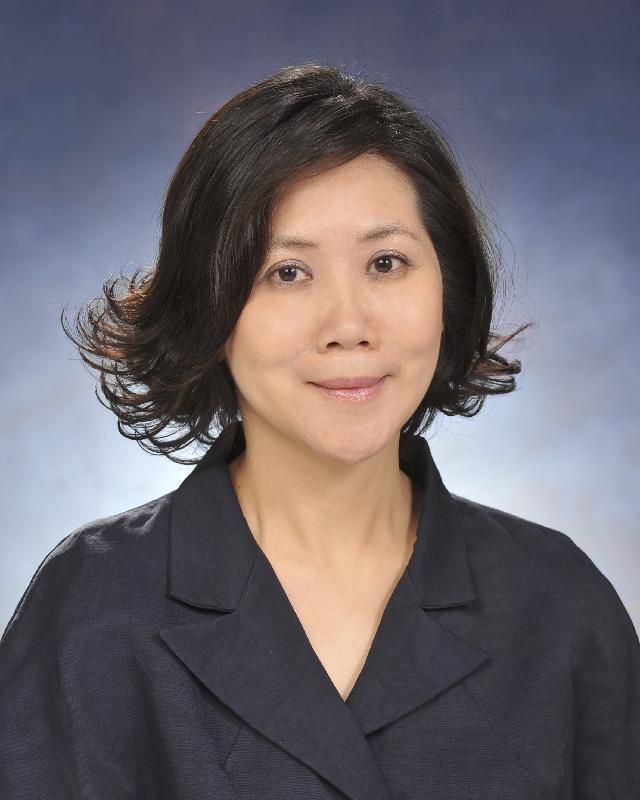 現任政府新聞處處長朱曼鈴將於二○一九年九月九日出任香港郵政署長。