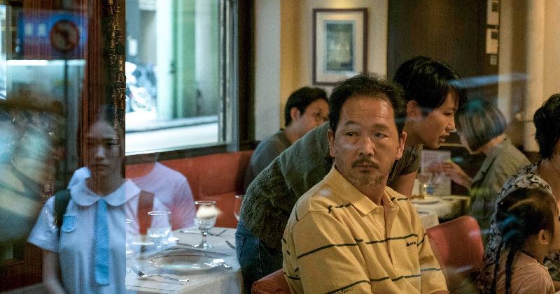 康樂及文化事務署和華南電影工作者聯合會合辦的「中國內地電影展2019」將於九月三日至十月十三日舉行,選映十八部內地近年出品的電影作品。圖示《過春天》(2019)劇照。