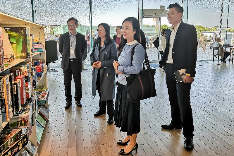 The delegation of the Legislative Council visited the Helsinki Central Library Oodi yesterday (September 10, Helsinki time).