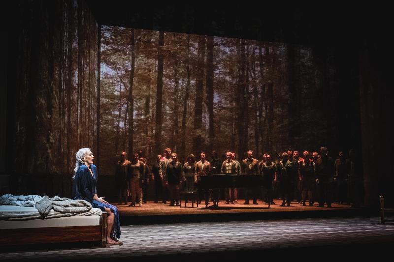 歌劇《秋天奏鳴曲》將於十月在香港作亞洲首演,節目改編自瑞典電影大師英瑪褒曼執導並奪得金球獎最佳外語片的同名電影。