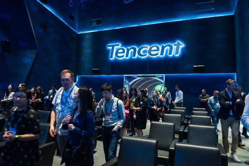 香港金融科技周與會者於十一月八日到訪深圳,進一步了解內地金融科技發展、粵港澳大灣區的巨大潛力和香港在其中的角色。