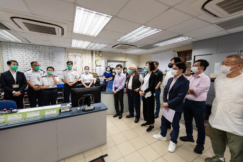 立法會保安事務委員會今日(五月二十六日)視察位於文錦渡的新屋嶺拘留中心,深入了解其運作。