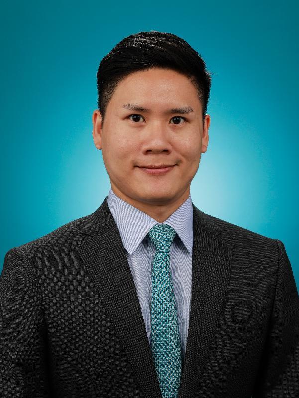 新任黃大仙民政事務專員黃智華。