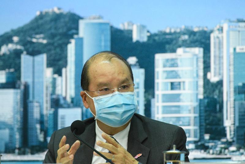 政務司司長張建宗今日(七月二十七日)在添馬政府總部就防疫抗疫措施舉行記者會。