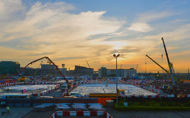 Photo shows the construction site of the temporary hospital adjacent to AsiaWorld-Expo.