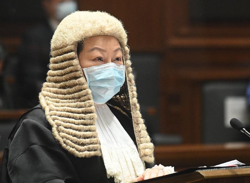 律政司司長鄭若驊資深大律師今日(一月十一日)在二○二一年法律年度開啟典禮上發表演辭。