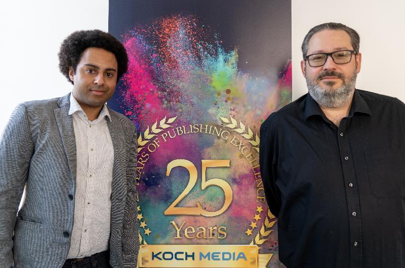 專門在全球開發、發行及代理電玩、虛擬實境遊戲、遊戲硬件和周邊商品的公司Koch Media今日(三月三十日)宣布在香港開設辦事處,以香港為地區據點拓展亞洲業務。圖為該公司亞洲區特許經營經理Jeremy Zitná(左)和香港辦事處董事總經理Andreas Tobler(右)。