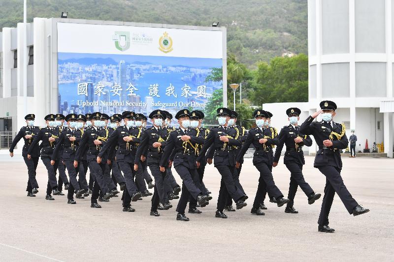 香港海關全力響應「全民國家安全教育日」,今日(四月十五日)於香港海關學院舉辦開放日。圖示香港海關儀仗隊人員以中式步操為開放日揭開序幕。