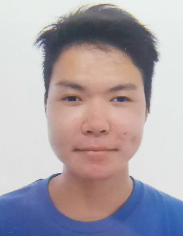 二十三歲男子李彥霆身高約一點七米,體重約五十八公斤,瘦身材,方面型,黃皮膚及蓄短黑髮。他最後露面時身穿白色外套、藍色上衣、黑色長褲及白色鞋,並攜有一個黑色背囊。